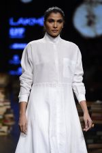 Model walk the ramp for Rajesh Pratap Singh Show at Lakme Fashion Week 2016 on 27th Aug 2016 (373)_57c2de5c88996.JPG