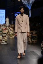 Model walk the ramp for Rajesh Pratap Singh Show at Lakme Fashion Week 2016 on 27th Aug 2016 (397)_57c2de889aa8c.JPG