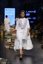Model walk the ramp for Rajesh Pratap Singh Show at Lakme Fashion Week 2016 on 27th Aug 2016 (413)_57c2dea969b04.JPG