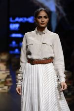 Model walk the ramp for Rajesh Pratap Singh Show at Lakme Fashion Week 2016 on 27th Aug 2016 (515)_57c2df65b0222.JPG