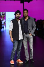 Model walk the ramp for Shantanu and Nikhil Show at Lakme Fashion Week 2016 on 27th Aug 2016 (1079)_57c2d16ae95c1.JPG
