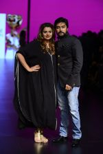 Model walk the ramp for Shantanu and Nikhil Show at Lakme Fashion Week 2016 on 27th Aug 2016 (1091)_57c2d18f509f5.JPG