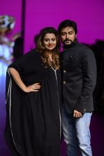 Model walk the ramp for Shantanu and Nikhil Show at Lakme Fashion Week 2016 on 27th Aug 2016 (1101)_57c2d1b301afa.JPG