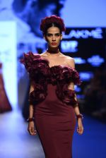 Model walk the ramp for Shantanu and Nikhil Show at Lakme Fashion Week 2016 on 27th Aug 2016 (1412)_57c2d3b7ce41f.JPG