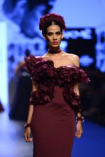 Model walk the ramp for Shantanu and Nikhil Show at Lakme Fashion Week 2016 on 27th Aug 2016 (1414)_57c2d3bbc5c1f.JPG