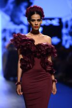 Model walk the ramp for Shantanu and Nikhil Show at Lakme Fashion Week 2016 on 27th Aug 2016 (1415)_57c2d3bd99fac.JPG