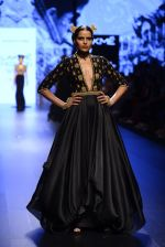 Model walk the ramp for Shantanu and Nikhil Show at Lakme Fashion Week 2016 on 27th Aug 2016 (1514)_57c2d49fd2cd2.JPG