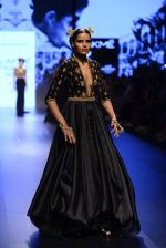 Model walk the ramp for Shantanu and Nikhil Show at Lakme Fashion Week 2016 on 27th Aug 2016 (1516)_57c2d4a442504.JPG