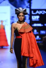 Model walk the ramp for Shantanu and Nikhil Show at Lakme Fashion Week 2016 on 27th Aug 2016 (1544)_57c2d50fc5ef0.JPG