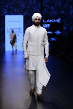 Model walk the ramp for Shantanu and Nikhil Show at Lakme Fashion Week 2016 on 27th Aug 2016 (1763)_57c2d64db9e5c.JPG