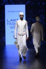 Model walk the ramp for Shantanu and Nikhil Show at Lakme Fashion Week 2016 on 27th Aug 2016 (1786)_57c2d67e26599.JPG