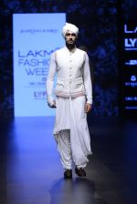 Model walk the ramp for Shantanu and Nikhil Show at Lakme Fashion Week 2016 on 27th Aug 2016 (1789)_57c2d6825c6aa.JPG