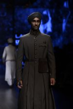 Model walk the ramp for Shantanu and Nikhil Show at Lakme Fashion Week 2016 on 27th Aug 2016 (1802)_57c2d695d470c.JPG
