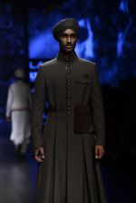 Model walk the ramp for Shantanu and Nikhil Show at Lakme Fashion Week 2016 on 27th Aug 2016 (1803)_57c2d6986f91f.JPG