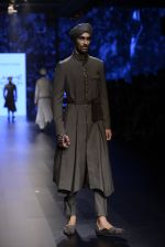 Model walk the ramp for Shantanu and Nikhil Show at Lakme Fashion Week 2016 on 27th Aug 2016 (1805)_57c2d69c7d632.JPG