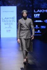 Model walk the ramp for Shantanu and Nikhil Show at Lakme Fashion Week 2016 on 27th Aug 2016 (1807)_57c2d69f80df5.JPG