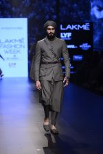 Model walk the ramp for Shantanu and Nikhil Show at Lakme Fashion Week 2016 on 27th Aug 2016 (1808)_57c2d6a076d88.JPG