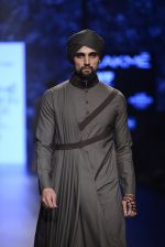 Model walk the ramp for Shantanu and Nikhil Show at Lakme Fashion Week 2016 on 27th Aug 2016 (1825)_57c2d6b9ebb16.JPG