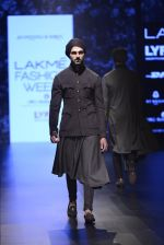 Model walk the ramp for Shantanu and Nikhil Show at Lakme Fashion Week 2016 on 27th Aug 2016 (1831)_57c2d6c1c8f09.JPG