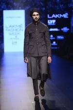 Model walk the ramp for Shantanu and Nikhil Show at Lakme Fashion Week 2016 on 27th Aug 2016 (1835)_57c2d6c866e93.JPG