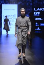 Model walk the ramp for Shantanu and Nikhil Show at Lakme Fashion Week 2016 on 27th Aug 2016 (1843)_57c2d6d517d26.JPG
