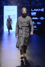 Model walk the ramp for Shantanu and Nikhil Show at Lakme Fashion Week 2016 on 27th Aug 2016 (1846)_57c2d6d984eaf.JPG