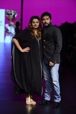 Model walk the ramp for Shantanu and Nikhil Show at Lakme Fashion Week 2016 on 27th Aug 2016 (1090)_57c2d18cd07c4.JPG