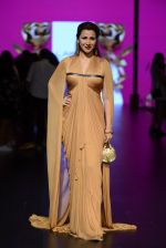 Model walk the ramp for Shantanu and Nikhil Show at Lakme Fashion Week 2016 on 27th Aug 2016 (1181)_57c2d231a6aab.JPG