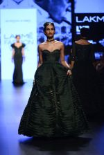 Model walk the ramp for Shantanu and Nikhil Show at Lakme Fashion Week 2016 on 27th Aug 2016 (1329)_57c2d324363bd.JPG