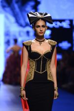 Model walk the ramp for Shantanu and Nikhil Show at Lakme Fashion Week 2016 on 27th Aug 2016 (1465)_57c2d42645349.JPG