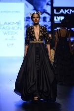 Model walk the ramp for Shantanu and Nikhil Show at Lakme Fashion Week 2016 on 27th Aug 2016 (1503)_57c2d4859dedd.JPG