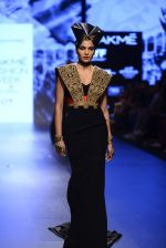 Model walk the ramp for Shantanu and Nikhil Show at Lakme Fashion Week 2016 on 27th Aug 2016 (1522)_57c2d4b516432.JPG