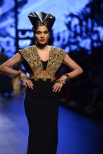 Model walk the ramp for Shantanu and Nikhil Show at Lakme Fashion Week 2016 on 27th Aug 2016 (1527)_57c2d4ca40360.JPG