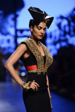 Model walk the ramp for Shantanu and Nikhil Show at Lakme Fashion Week 2016 on 27th Aug 2016 (1531)_57c2d4dcd1f68.JPG