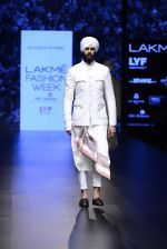 Model walk the ramp for Shantanu and Nikhil Show at Lakme Fashion Week 2016 on 27th Aug 2016 (1722)_57c2d5ff55e9c.JPG