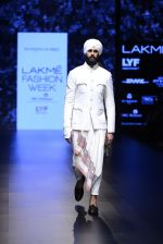 Model walk the ramp for Shantanu and Nikhil Show at Lakme Fashion Week 2016 on 27th Aug 2016 (1723)_57c2d600d9ce6.JPG
