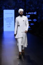 Model walk the ramp for Shantanu and Nikhil Show at Lakme Fashion Week 2016 on 27th Aug 2016 (1738)_57c2d61bdaca3.JPG