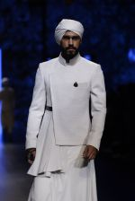 Model walk the ramp for Shantanu and Nikhil Show at Lakme Fashion Week 2016 on 27th Aug 2016 (1743)_57c2d626f00fb.JPG