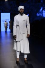 Model walk the ramp for Shantanu and Nikhil Show at Lakme Fashion Week 2016 on 27th Aug 2016 (1744)_57c2d628587e5.JPG