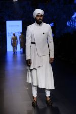 Model walk the ramp for Shantanu and Nikhil Show at Lakme Fashion Week 2016 on 27th Aug 2016 (1745)_57c2d62a11041.JPG