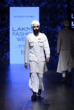 Model walk the ramp for Shantanu and Nikhil Show at Lakme Fashion Week 2016 on 27th Aug 2016 (1747)_57c2d62e8e001.JPG