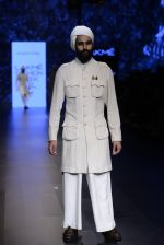 Model walk the ramp for Shantanu and Nikhil Show at Lakme Fashion Week 2016 on 27th Aug 2016 (1758)_57c2d6467e60c.JPG