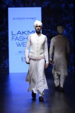 Model walk the ramp for Shantanu and Nikhil Show at Lakme Fashion Week 2016 on 27th Aug 2016 (1787)_57c2d67fbf57a.JPG