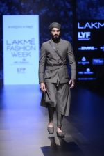 Model walk the ramp for Shantanu and Nikhil Show at Lakme Fashion Week 2016 on 27th Aug 2016 (1806)_57c2d69e62a8f.JPG