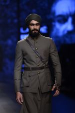 Model walk the ramp for Shantanu and Nikhil Show at Lakme Fashion Week 2016 on 27th Aug 2016 (1813)_57c2d6a7d208a.JPG