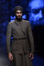 Model walk the ramp for Shantanu and Nikhil Show at Lakme Fashion Week 2016 on 27th Aug 2016 (1814)_57c2d6aab6202.JPG