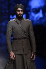 Model walk the ramp for Shantanu and Nikhil Show at Lakme Fashion Week 2016 on 27th Aug 2016 (1815)_57c2d6ac03965.JPG