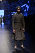 Model walk the ramp for Shantanu and Nikhil Show at Lakme Fashion Week 2016 on 27th Aug 2016 (1818)_57c2d6afd3f66.JPG