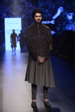 Model walk the ramp for Shantanu and Nikhil Show at Lakme Fashion Week 2016 on 27th Aug 2016 (1842)_57c2d6d359de3.JPG