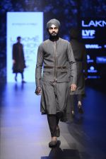 Model walk the ramp for Shantanu and Nikhil Show at Lakme Fashion Week 2016 on 27th Aug 2016 (1857)_57c2d6ea339a4.JPG